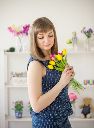 dreamy girl with tulips